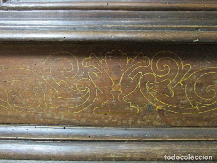Antigüedades: Arca de Novia Catalana - Caja en Madera de Nogal - Marquetería en Pasta de Época, Original -S. XVIII - Foto 11 - 205816181