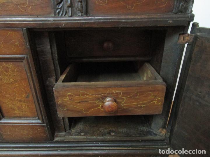 Antigüedades: Arca de Novia Catalana - Caja en Madera de Nogal - Marquetería en Pasta de Época, Original -S. XVIII - Foto 27 - 205816181
