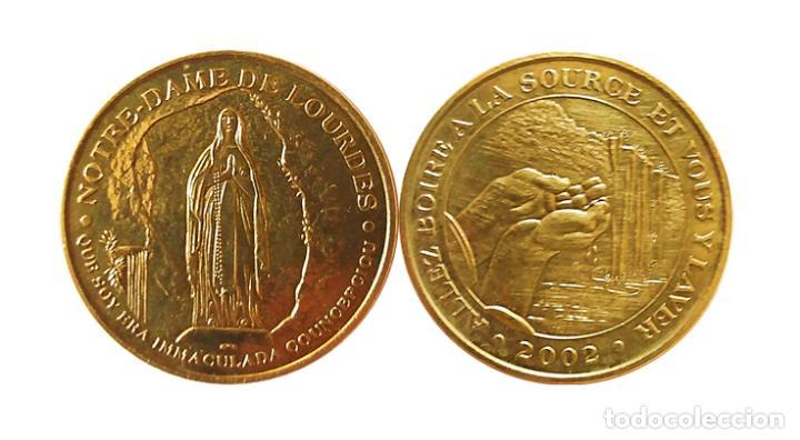 MEDALLA DE NOTRE-DAME DE LOURDES 2002 (Antigüedades - Religiosas - Medallas Antiguas)