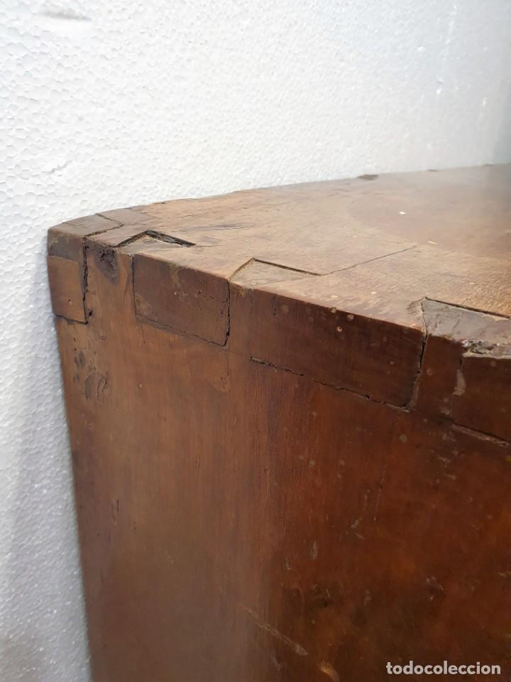 Antigüedades: BARGUEÑO ESPAÑOL DE NOGAL S.XVIII CON MESA - Foto 4 - 205874147