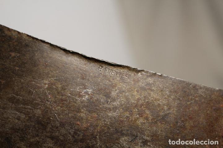Antigüedades: Hacha de carnicero. Macheta. Años 80 - p. fuentes - Foto 3 - 205882726