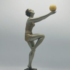 Antiguidades: FIGURA DE JOVEN GIMNASTA ART DECÓ. Lote 206133012