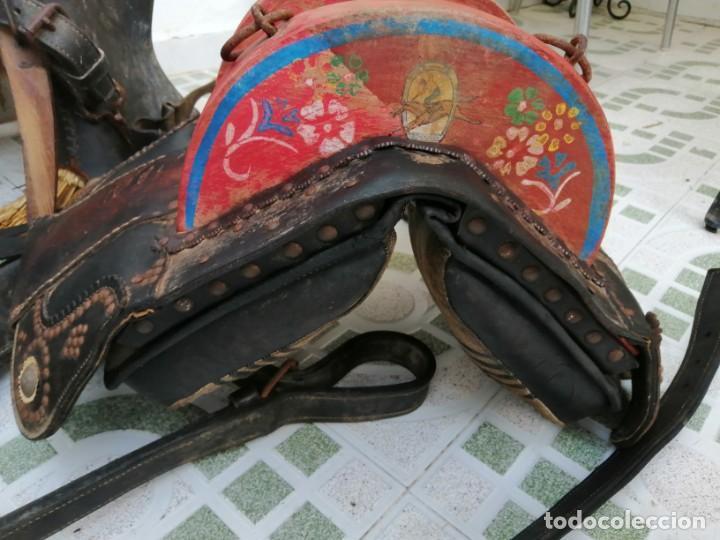 Antigüedades: silla de burro o mula mas jamuga y con correajes etc ver fotos - Foto 3 - 206169942