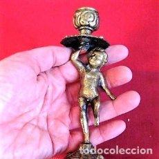 Antigüedades: CANDELABRO PALMATORIA EN BRONCE NIÑO DESNUDO MIDE 16,5 CMS. DE ALTO. Lote 140874062