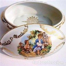 Antigüedades: JOYERO DE PORCELANA DE LIMOGES DOBLEMENTE SELLADO DECORADO PAN DE ORO 15 X 9,5 CMS. Lote 97032151