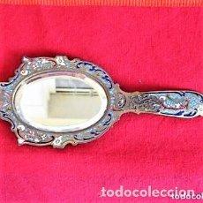 Antigüedades: ESPEJO BISELADO DE MANO EN BRONCE CLOISONNE PERFECTO CIRCA 1890. Lote 140862538