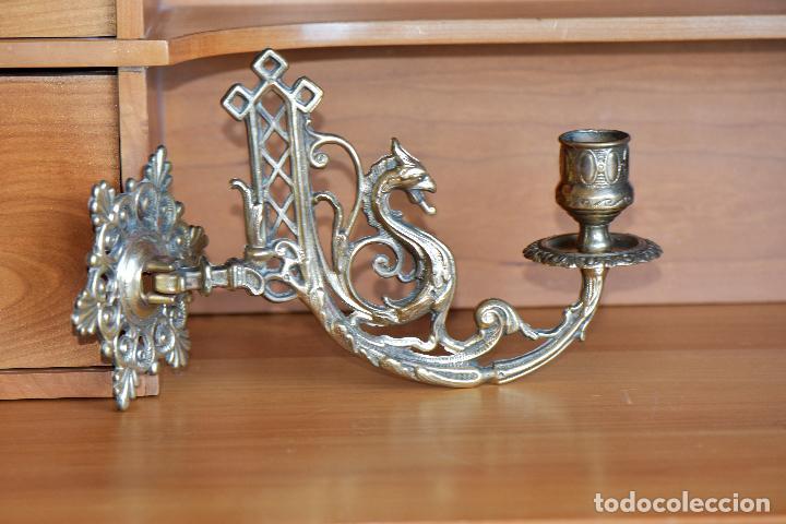 Antigüedades: LAMPARA APLIQAUE DE METAL DE 23 CM DE LARGO POR 15 CM DE ALTO - Foto 4 - 206210441