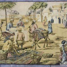 Antigüedades: TAPIZ DE MÁQUINA CON ESCENA ÁRABE - 163X118 CM.. Lote 206214202