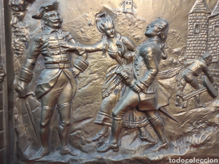 Antigüedades: Bandeja repujada con firma - Foto 2 - 206252735
