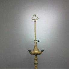 Antigüedades: ANTIGUA LÁMPARA DE ACEITE - CANDIL - VELÓN - BRONCE - ALTURA - 51 CM. Lote 206261758
