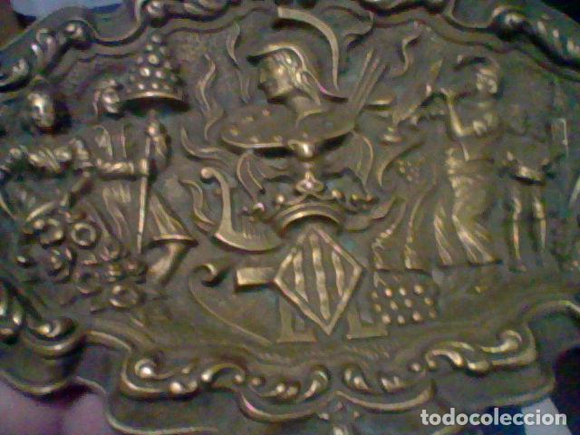 VALENCIA VACIABOLSILLOS BANDEJA FESTEJOS FALLAS BRONCE (Antigüedades - Hogar y Decoración - Bandejas Antiguas)