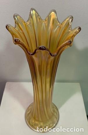 CARNIVAL GLASS, FLORERO. (Antigüedades - Cristal y Vidrio - Inglés)