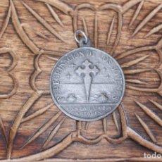 Antigüedades: MEDALLA PEREGRINACION DE LOS JOVENES CARTAGENA 1946. Lote 206320800
