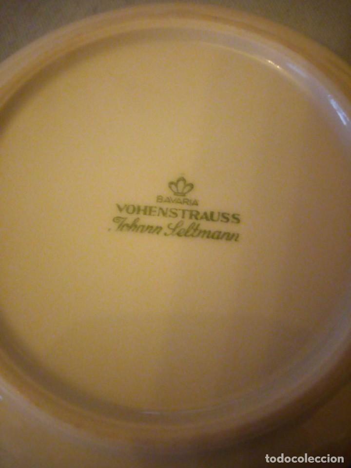 Antigüedades: Pequeño plato de porcelana vohenstrauss johann seltmann bavaria - Foto 3 - 206325268