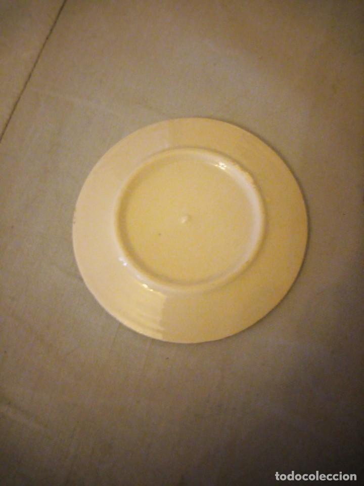 Antigüedades: Pequeño plato de porcelana china, imagen geisha - Foto 3 - 206325553