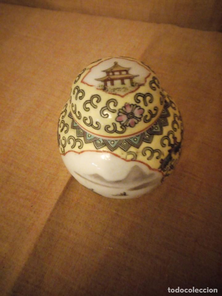 Antigüedades: precioso tibor de porcelana pintado a mano made in china. - Foto 3 - 206332312
