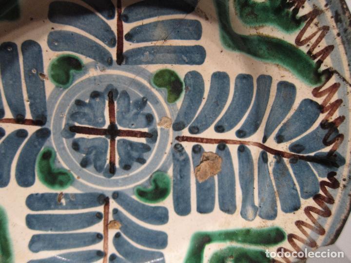 Antigüedades: ANTIGUO PLATO DE MUEL. ARAGON. SEGUNDA MITAD DEL SIGLO XVII. DIAM. 19 CM. AZUL VERDE Y MANGANESO - Foto 3 - 206332557