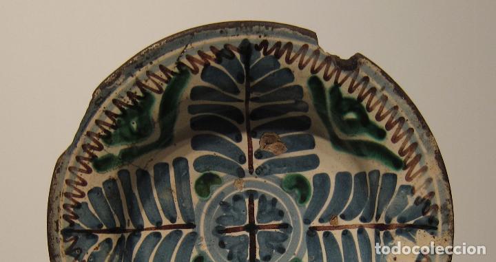 Antigüedades: ANTIGUO PLATO DE MUEL. ARAGON. SEGUNDA MITAD DEL SIGLO XVII. DIAM. 19 CM. AZUL VERDE Y MANGANESO - Foto 5 - 206332557