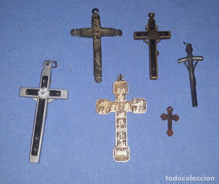 Antigüedades: IMPORTANTE LOTE DE ANTIGUAS CRUCES Y CRUCIFIJOS RELIGIOSOS DE DIFERENTES EPOCAS Y MATERIALES - Foto 2 - 206360987