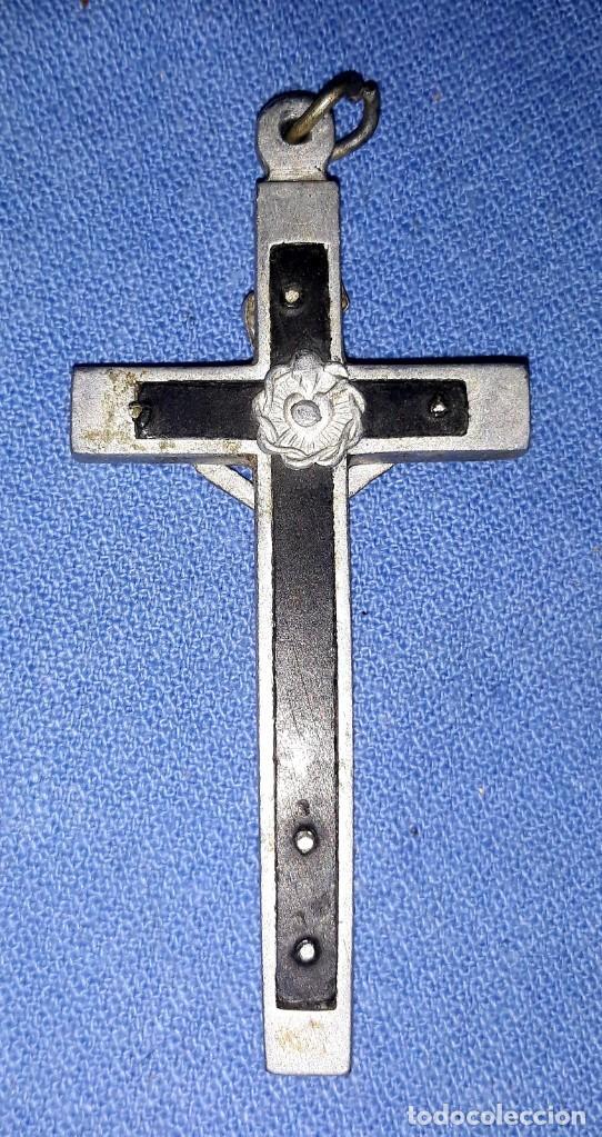 Antigüedades: IMPORTANTE LOTE DE ANTIGUAS CRUCES Y CRUCIFIJOS RELIGIOSOS DE DIFERENTES EPOCAS Y MATERIALES - Foto 6 - 206360987