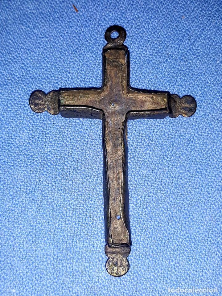 Antigüedades: IMPORTANTE LOTE DE ANTIGUAS CRUCES Y CRUCIFIJOS RELIGIOSOS DE DIFERENTES EPOCAS Y MATERIALES - Foto 7 - 206360987