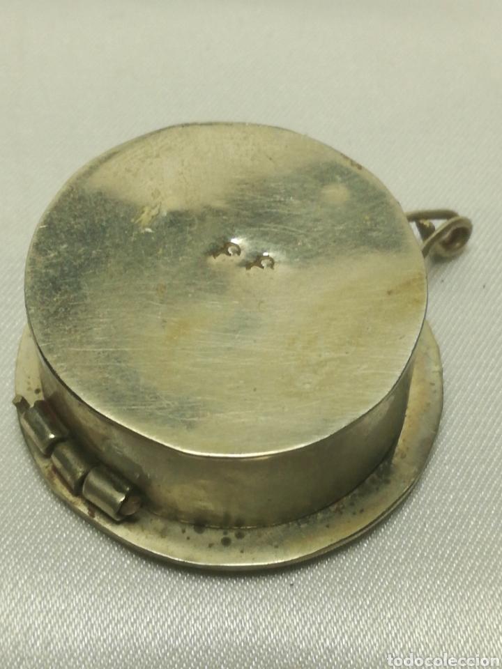 Antigüedades: Antiguo pastillero plata baja y nacar - Foto 3 - 206401495
