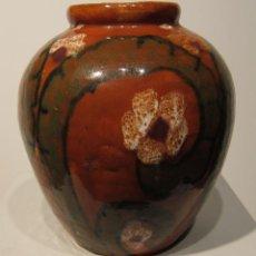Antigüedades: MARIÀ BURGUÉS I SERRA (SABADELL 1851 - 1935) EXCEPCIONAL JARRO NOUCENTISTA. FECHADO 1926. ALT. 23 CM. Lote 206414268