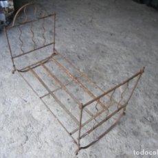 Antigüedades: CUNA DE FORJA PLEGABLE MUY ANTIGUA ,, VER. Lote 206425080