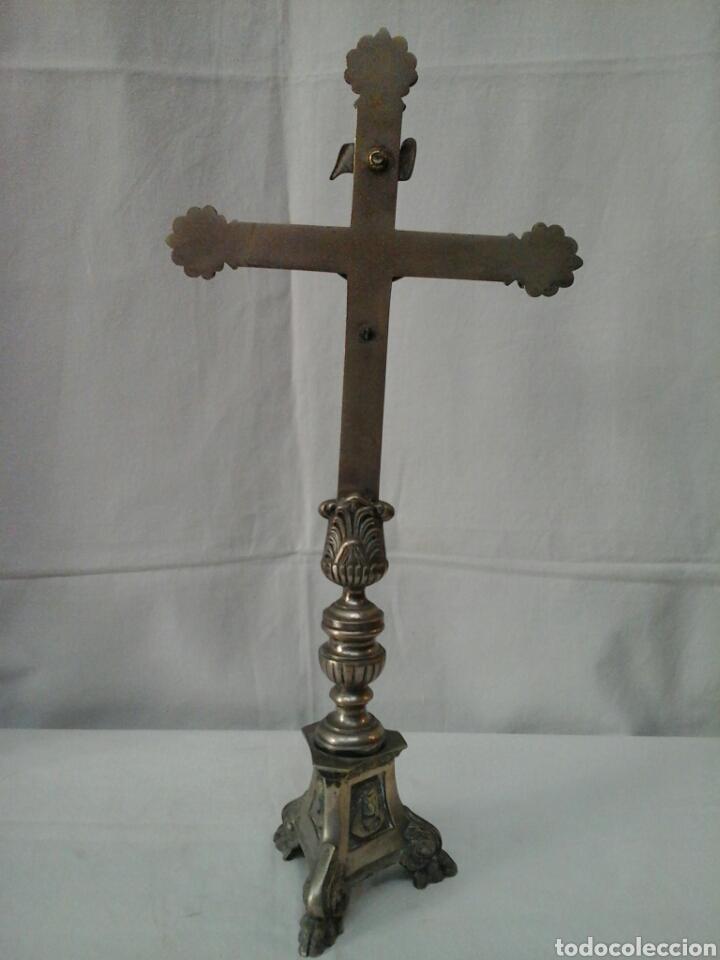 Antigüedades: Crucifijo de altar de bronce siglo XIX - Foto 3 - 206433147