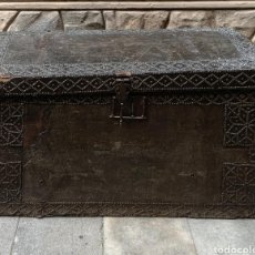 Antigüedades: BAÚL ESPAÑOL DEL SIGLO XVI .. Lote 206444787