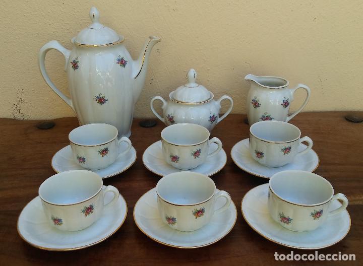 ANTIGUO JUEGO DE CAFÉ PORCELANA SANTA CLARA SELLO EN PLATA, PERFECTO ESTADO, DISEÑO FLORAL (Antigüedades - Porcelanas y Cerámicas - Santa Clara)