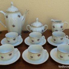 Antigüedades: ANTIGUO JUEGO DE CAFÉ PORCELANA SANTA CLARA SELLO EN PLATA, PERFECTO ESTADO, DISEÑO FLORAL. Lote 206445493