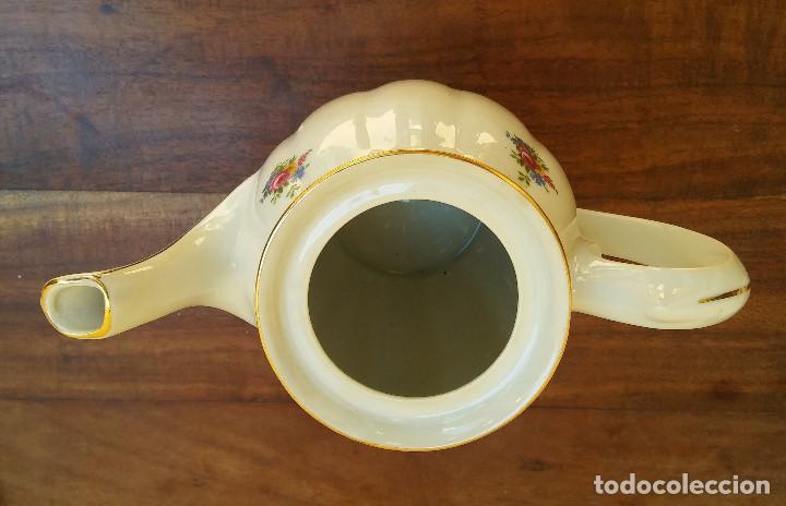 Antigüedades: ANTIGUO JUEGO DE CAFÉ PORCELANA SANTA CLARA SELLO EN PLATA, PERFECTO ESTADO, DISEÑO FLORAL - Foto 9 - 206445493
