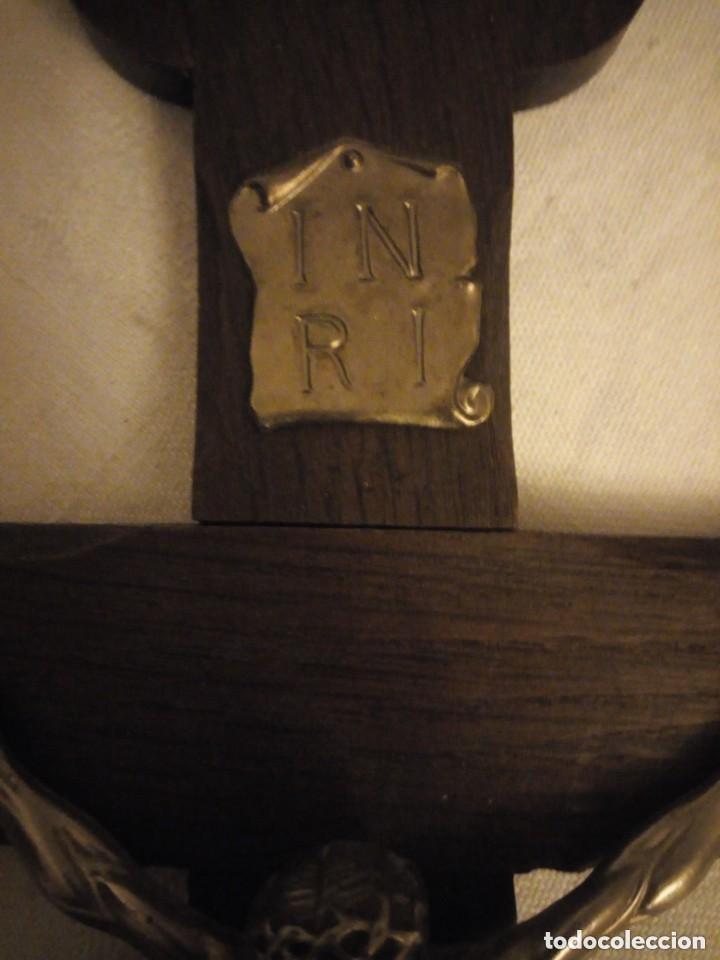 Antigüedades: Preciosa cruz de madera con jesucristo de metal. - Foto 3 - 206456518