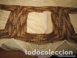 Antigüedades: Antiguo mantel de algodón y ganchillo con 2 tapetes a juego. - Foto 2 - 206458537
