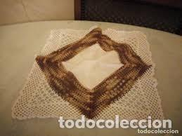 Antigüedades: Antiguo mantel de algodón y ganchillo con 2 tapetes a juego. - Foto 10 - 206458537