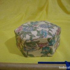 Antigüedades: CAJA JOYERO CARTÓN FORRADO TELA, AÑOS 80, NUEVA SIN USAR.. Lote 206468568