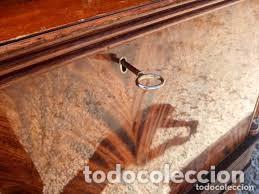 Antigüedades: mueble bar años 40/50 cerezo Silvestre ,con estante de cristal ,luz y 2 cajones para cubiertos - Foto 8 - 206473910