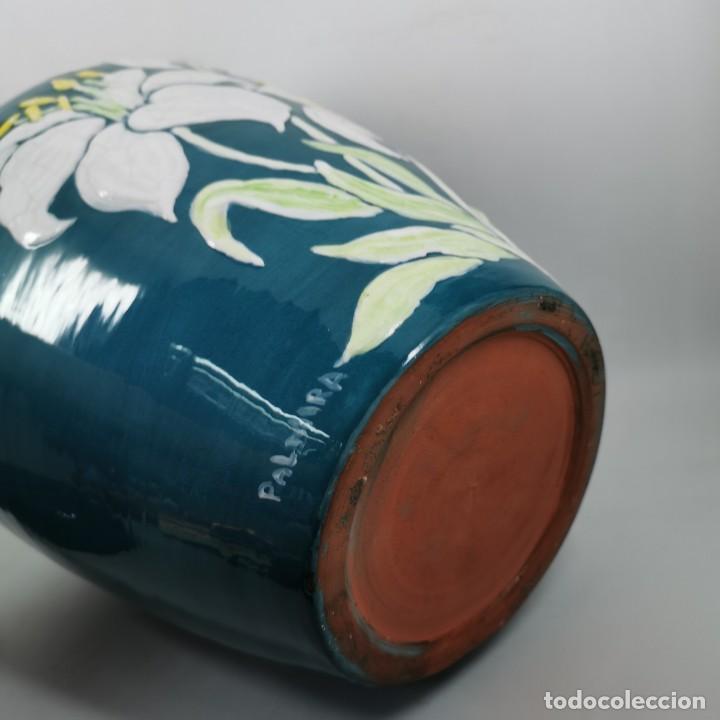 Antigüedades: ANTIGUO JARRON ANTIGUO EN CERAMICA ESMALTADA - HECHO A MANO - ESCUELA CATALANA - 32 X 21 X 21 CM - Foto 8 - 206489057