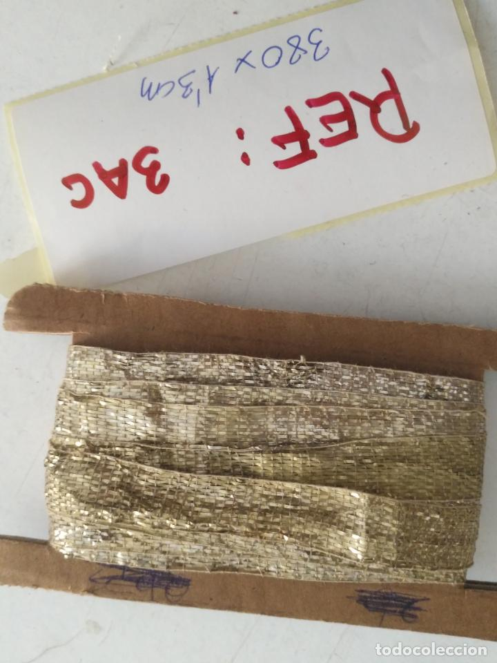 Antigüedades: ANTIGUO GALON PLATA HOJILLA METAL 3,8 METROS X 1,3 CM ANCHO , IDEAL VIRGEN SEMANA SANTA - Foto 19 - 206510138
