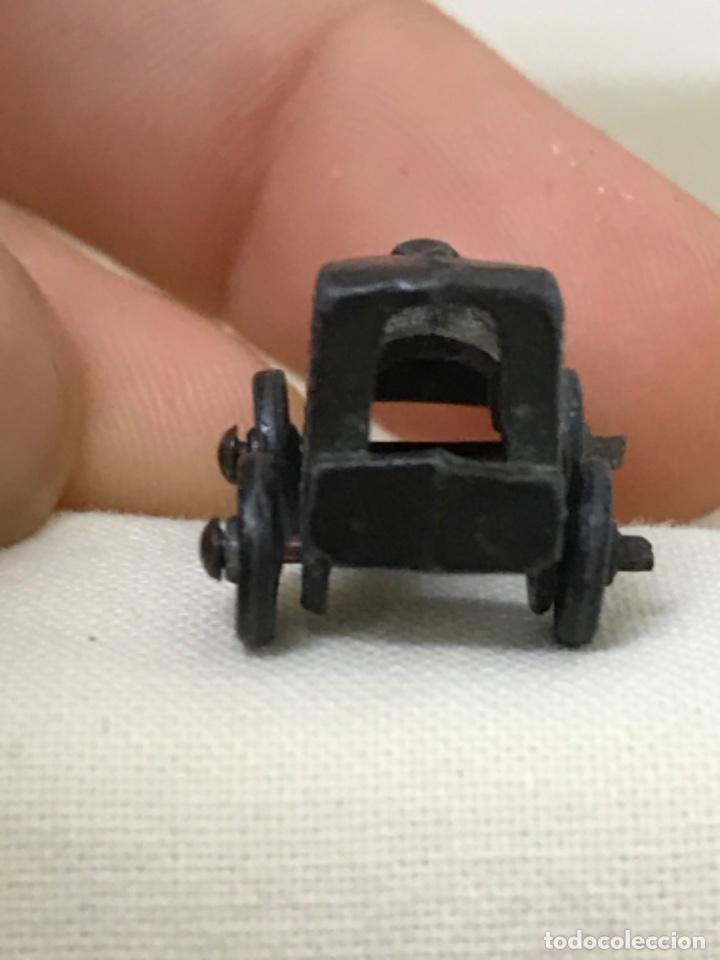 Antigüedades: Antiguo coche de epoca bronce metal amuleto colgante dije automovil antiguo - Foto 4 - 206752770