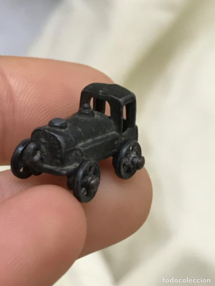 Antigüedades: Antiguo coche de epoca bronce metal amuleto colgante dije automovil antiguo - Foto 8 - 206752770