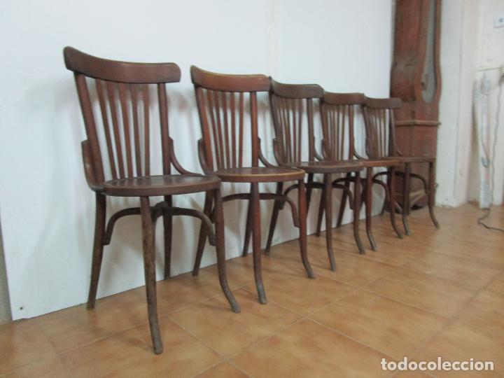 Antigüedades: Conjunto de 5 Sillas de Café - Silla Estilo Thonet - Madera de Haya - Años 30-40 - Foto 2 - 206784538