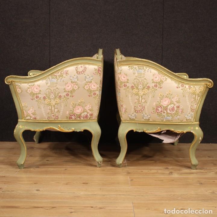 Antigüedades: Par de sillones venecianos lacados, dorados y pintados. - Foto 9 - 206787030