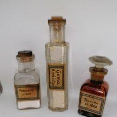 Antigüedades: LOTE BOTELLITAS CRISTAL PARA PERFUMES, COMPONENTES FARMACIA. Lote 206788948