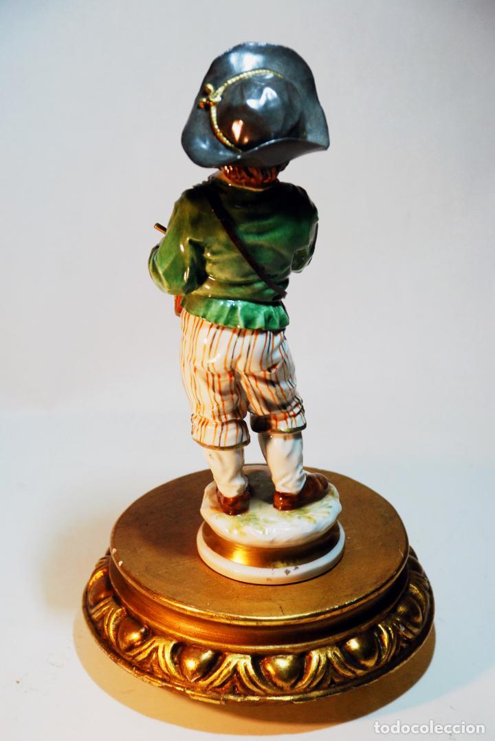 Antigüedades: Bella figura en porcelana esmaltada de niño tamborilero. Algora. Numerada. HS. 23 cm. - Foto 3 - 206790763