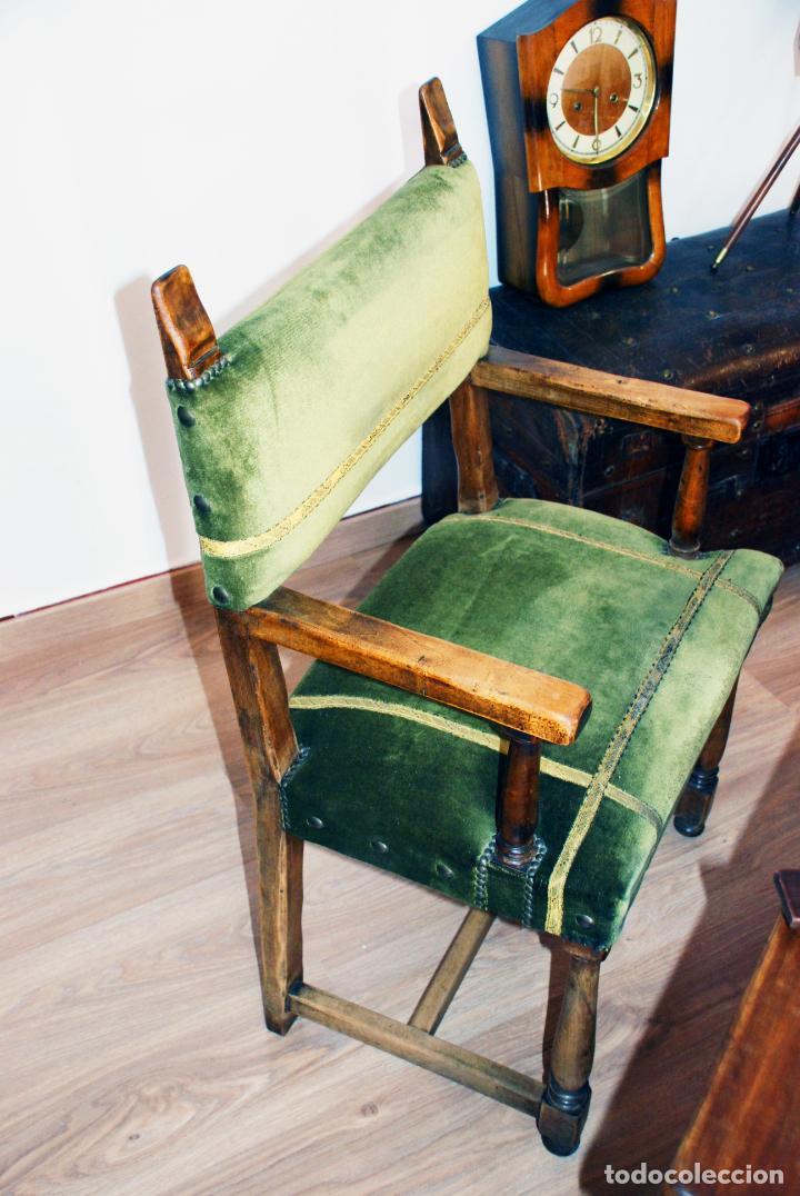 Antigüedades: Conjunto de despacho en roble macizo o similar. Escritorio con cajones, sillón y silla pequeña. - Foto 4 - 206798516