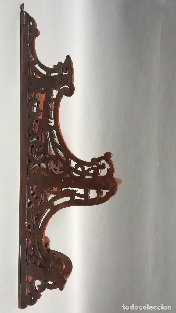 Antigüedades: ESTANTERIA ESQUINERA DE MADERA DE CAOBA - Foto 10 - 206800865