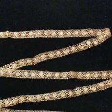 Antigüedades: MAGISTRAL ENTREDOS DE ENCAJE DE ORO FRANCES. Lote 206810121