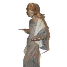 Antigüedades: ESCULTURA FIGURA DE PORCELANA GRES LLADRO LA PINTURA. Lote 186116892